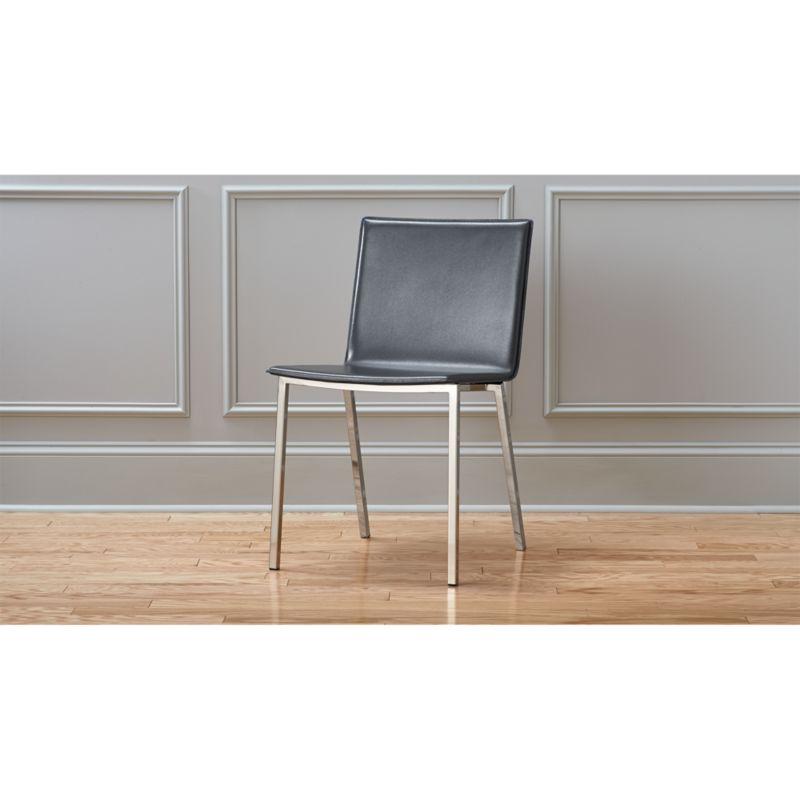 phoenix carbon chair