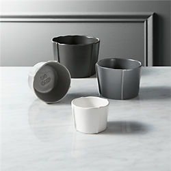 pinch grey measuring cups