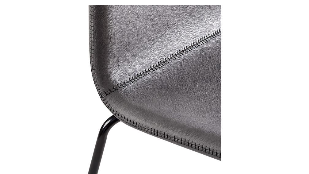 primitivo grey chair