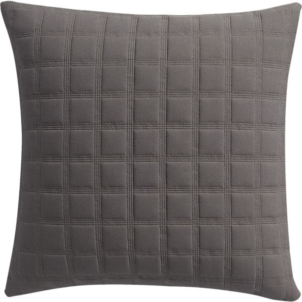 QuadroQltGryPillow18X18S17