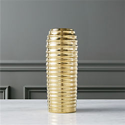 queenie gold vase