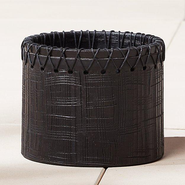 rhodes black planter