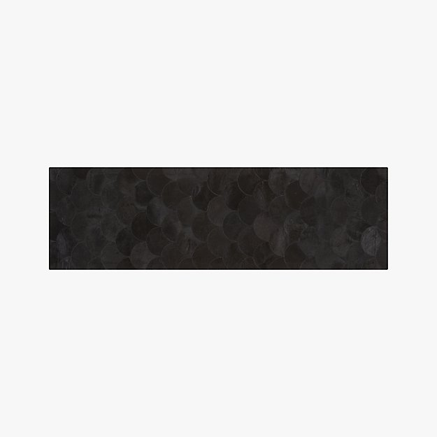 Scallop Black Hide Runner 2.5'x8'