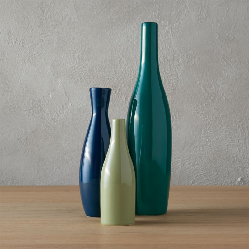 3 piece blue and green scout vase set