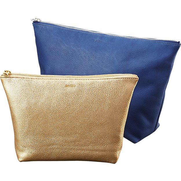 BAGGU stash leather clutches