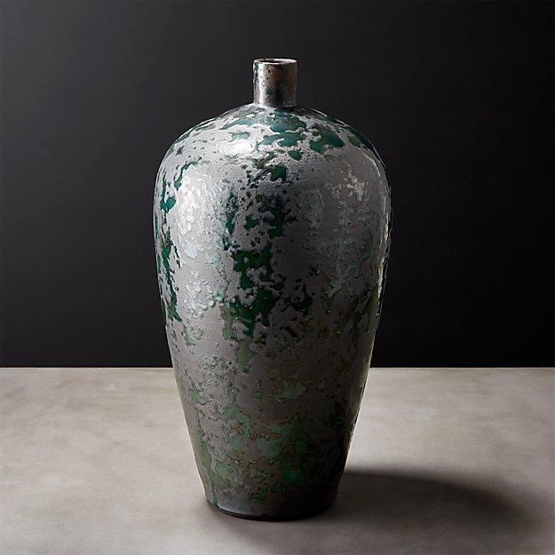 Syrah Vase
