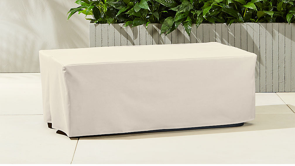 Thapsus Waterproof Coffee Table Cover