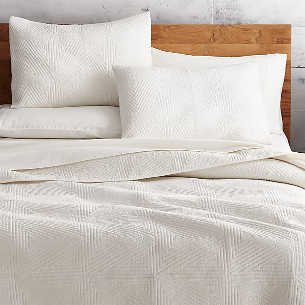 Triangle Ivory Coverlet King