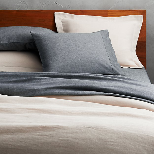 weekendr ivory chambray full/queen duvet cover