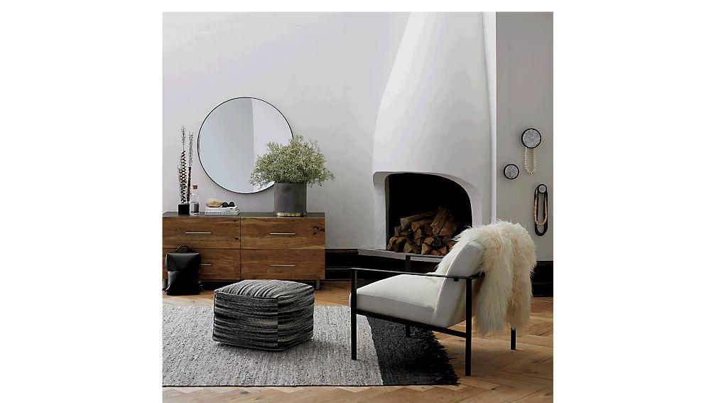 cue white chair