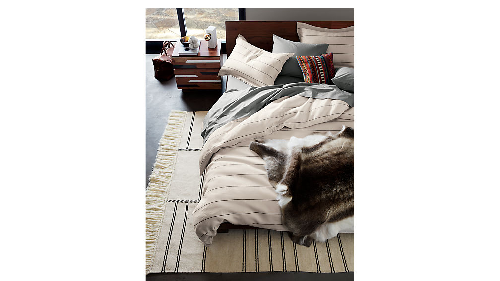 Dondra Teak Full Bed