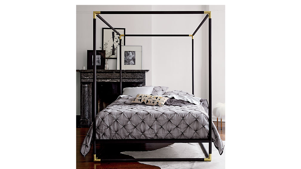 frame canopy queen bed